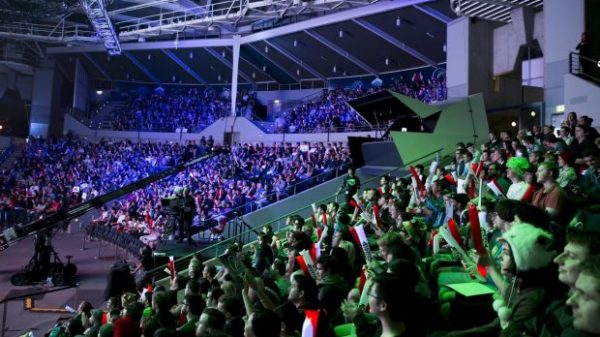 league of legends opl crowds